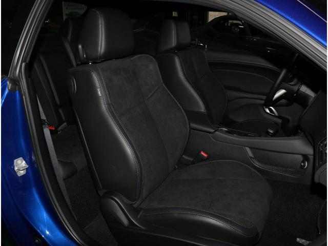 R/T プラス パフォーマンスパッケージ CS2178 2021モデル レッドブレンボブレーキキャリパー アップルカープレイ/アンドロイドオート HID エンジンスターター アルパインオーディオ レザー&アルカンターラ シート(シートヒーター&クーラー)(52枚目)