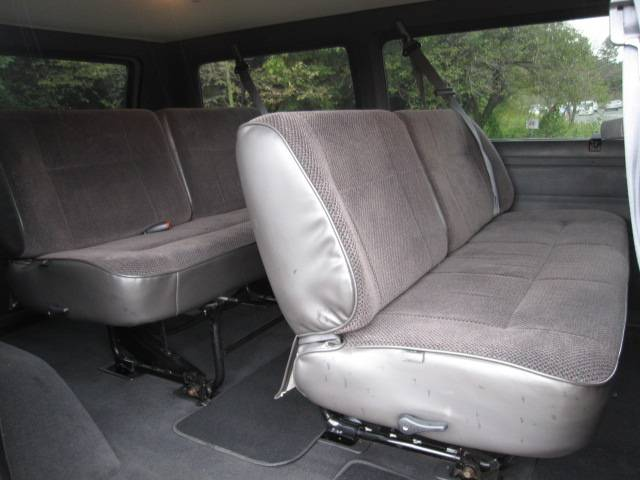 ダッジ ダッジ バン ショーティ V8 スライドドア ホワイトリボン