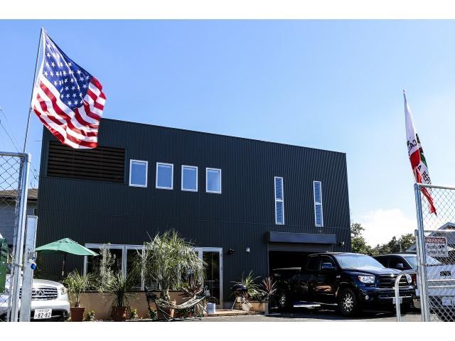 8282STYLE.Cafeでは1Fとテラスでアメリカ西海岸で人気のフルーツ&ベジタブルスムージードリンク中心にヘルシー料理提供してますので遊びに来てください!2Fではヨガ&ピラティス定期的に開催中!