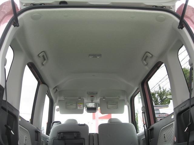 137cmの室内高は、頭上空間の広がりによるユトリの空間をご提供します。