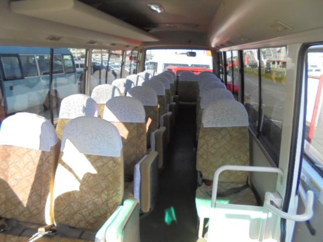 ロングCX-Lターボ 29人乗り 左オートドア ディーゼルターボ NOx・PM適合 冷蔵庫 荷物棚 6MT(21枚目)