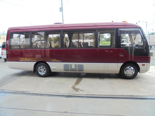 ロングカスタムターボ 26人乗り 左オートドア 冷蔵庫 バックモニター ディーゼルターボ 換気扇 エアサス 6MT NOx・PM適合 リクライニング・モケットシート(8枚目)