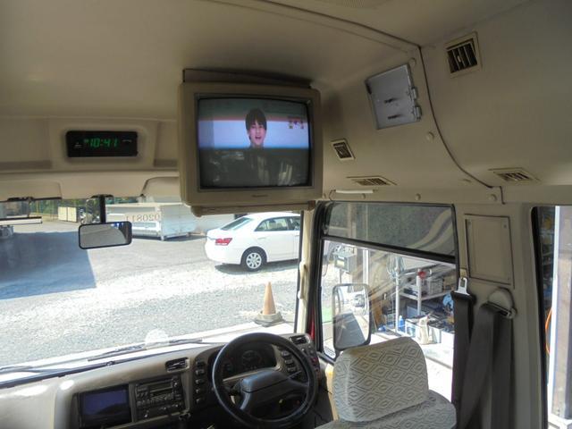 ロングカスタムターボ 26人乗り 左オートドア 冷蔵庫 バックモニター ディーゼルターボ 換気扇 エアサス 6MT NOx・PM適合 リクライニング・モケットシート(24枚目)