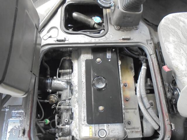 ロングカスタムターボ 26人乗り 左オートドア 冷蔵庫 バックモニター ディーゼルターボ 換気扇 エアサス 6MT NOx・PM適合 リクライニング・モケットシート(47枚目)
