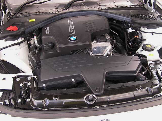 BMW BMW 320iツーリング 1オーナー 純正HDDナビ Bカメラ