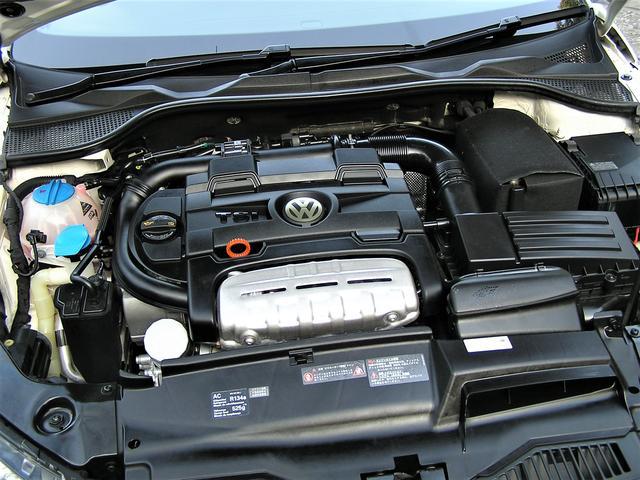 フォルクスワーゲン VW シロッコ TSIハーフレザー 純正ナビ地デジETC HID