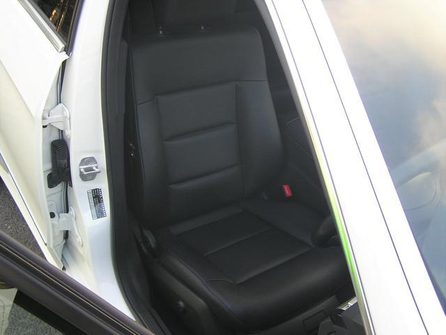 シートの状態もスレやヘタリ等も無くとても綺麗な状態が保たれております。