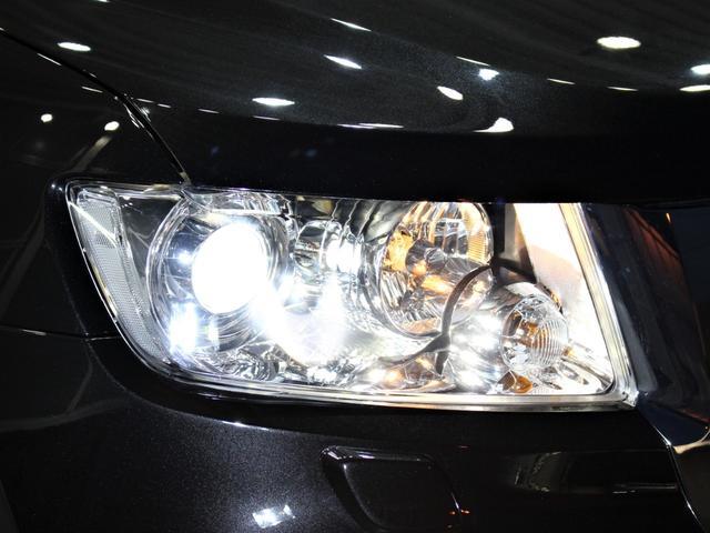 HIDヘッドライトになりますので、暗い夜道のライディングも安心です!劣化で白くくもりがちなヘッドライトレンズも透明感のある綺麗な状態が保たれております!