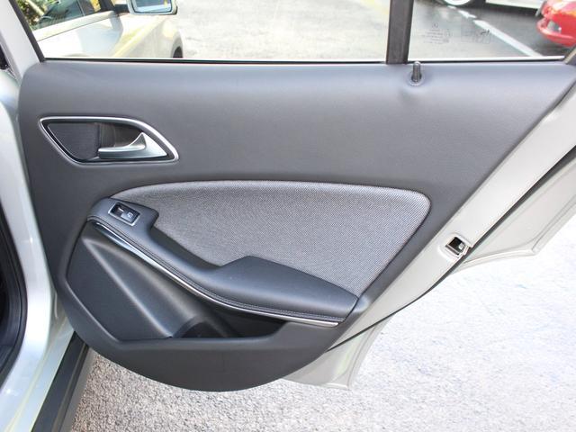 「メルセデスベンツ」「GLAクラス」「SUV・クロカン」「東京都」の中古車58