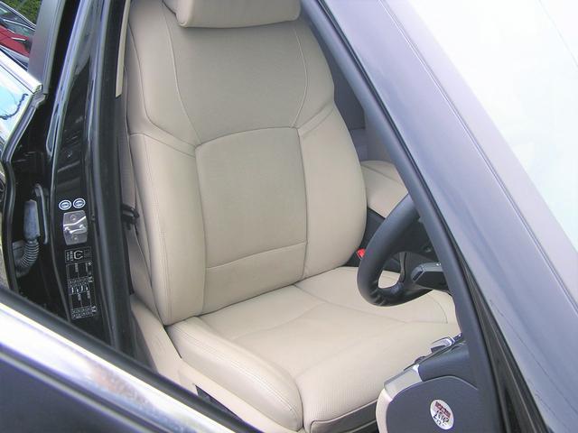 550i V8 ターボ 後席モニタ- 4400 走行TV 冷暖シ-ト 後シ-トヒ-タ- 純ナビ 電トランク 純19AW 禁煙 毎回D整備 1オナ ヘッドUPディスプレー ソフトクローズ オートトランク(9枚目)