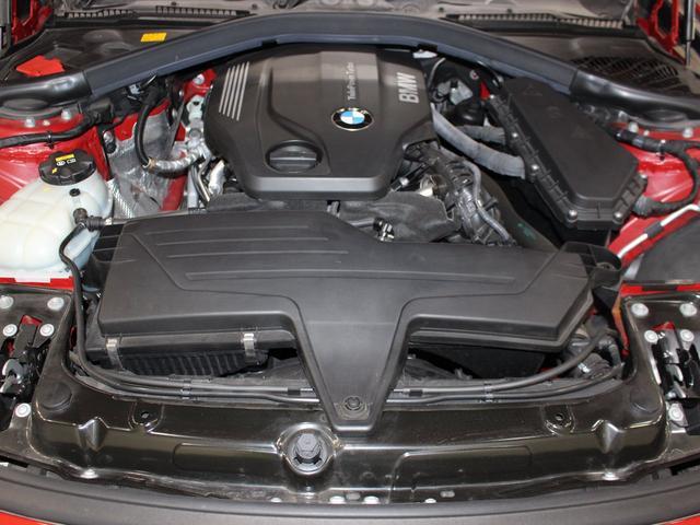 綺麗なエンジンルームです。2000ccディーゼルターボ☆エンジンは高回転までしっかり吹け上がり、アイドリングも一定となっております。非常に良好です。■走行管理システムもチェック済みとなっております!