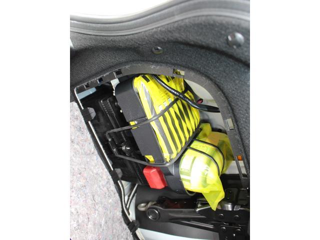IS300h 後期・純正ナビBカメラフルセグ・LEDライト・プリクラッシュ・シートヒーター・レーダークルーズコントロール・車線逸脱(LDA)・パドルシフト・コーナーセンサー・ETC・ハーフレザー・USB・AUX(53枚目)