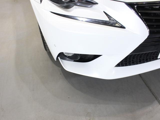 IS300h バージョンL ベージュレザー・純正ナビBカメラ・フルセグ・LEDライト・タイヤ4本新品・ステアリングヒーター・シートヒーター・エアシート・シートメモリー・クルーズC・コーナーセンサー・リア電動ブラインド・歩行者警告(26枚目)