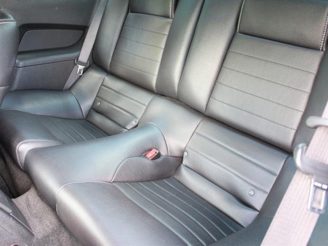 V6 プレミアム ディーラー車 純正オーディオ ETC ブルートゥース 外部入力 黒革 Pシート オートクルーズ 純正18インチAW キセノン(6枚目)