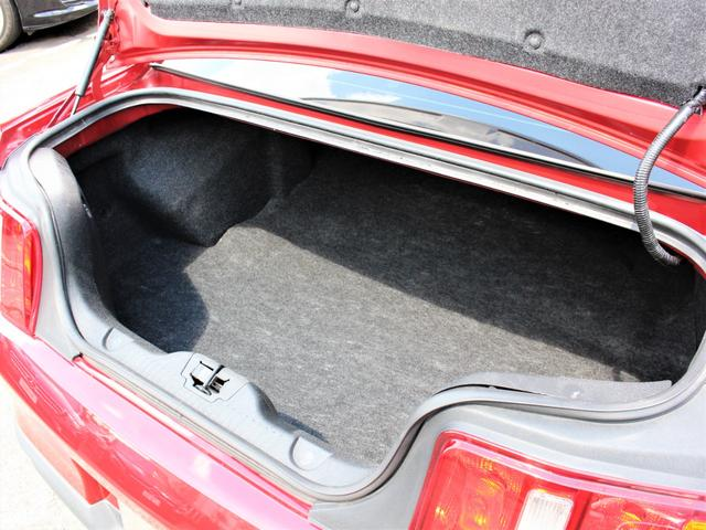 V6 プレミアム ディーラー車 純正オーディオ ETC ブルートゥース 外部入力 黒革 Pシート オートクルーズ 純正18インチAW キセノン(8枚目)