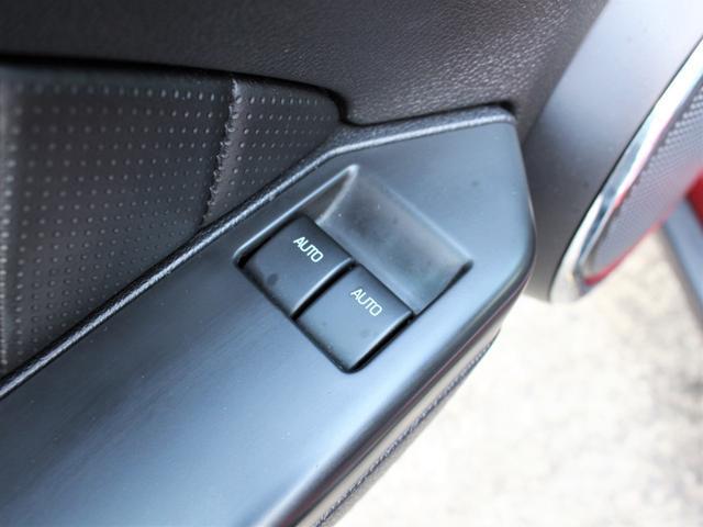 V6 プレミアム ディーラー車 純正オーディオ ETC ブルートゥース 外部入力 黒革 Pシート オートクルーズ 純正18インチAW キセノン(25枚目)