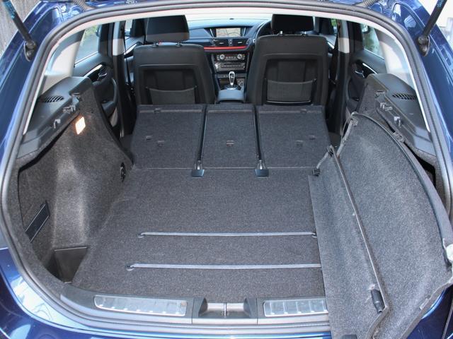 sDrive 20i スポーツ 後期・最終モデル・純正ナビBカメラ・18アルミ・キセノン・コンフォートアクセス・Aストップ・ETC・AUX・USB・Bトゥース・コ-ナーセンサー(8枚目)