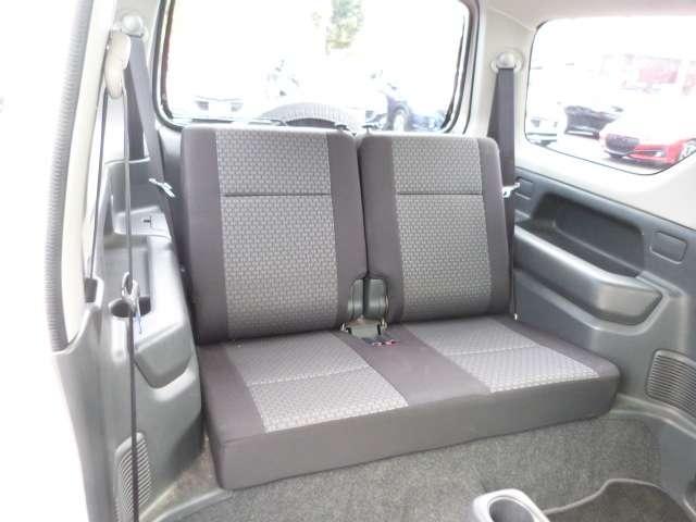 ウィンカードアミラーは対向車からの視認性も良く安全性も高まり、安全運転につながる装備です!!