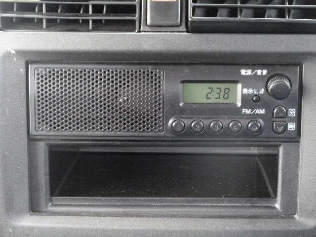 オーディオはAM/FMラジオです。