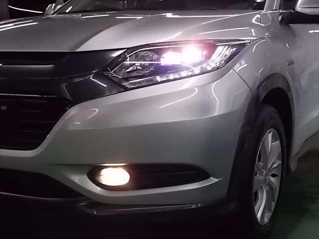 LEDヘッドヘッドライトで夜間や雨天時のドライブを明るくサポート!省電力、耐久性にも優れています。
