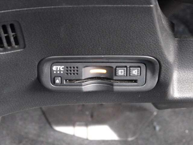 【ETC】 高速道路もキャッシュレスでらくらく通過できるETC車載器を装備しています★