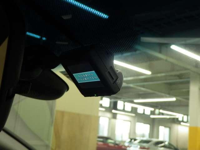L ホンダセンシング 元当社試乗車 ナビ Rカメラ ドラレコ LEDヘッド サイドSRS メモリナビ ワンオーナ 衝突被害軽減装置 Bモニ 地デジ 禁煙 DVD再生 オートクルーズ CD ナビTV ETC キーレス ABS(5枚目)