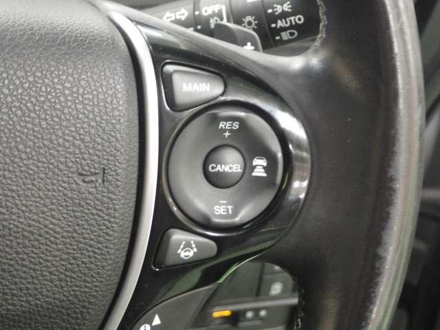 クルーズコントロールスイッチも装備!!高速道路の走行も楽々です☆