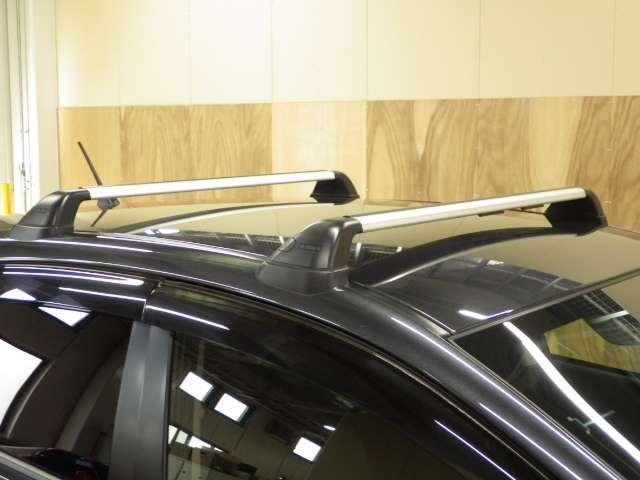 2.0iアイサイト リア席モニター Rカメラ ルーフレール 記録簿 AC TVナビ 禁煙車 バックモニター HIDヘッド アルミ 地デジTV 4WD スマートキー メモリーナビ キーレス ETC CD レーダクルコン(14枚目)