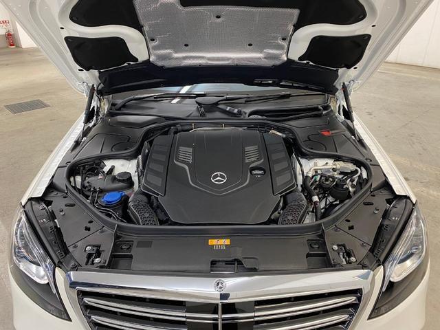 S560ロング 認定中古車 弊社デモカー リア純正モニター(17枚目)