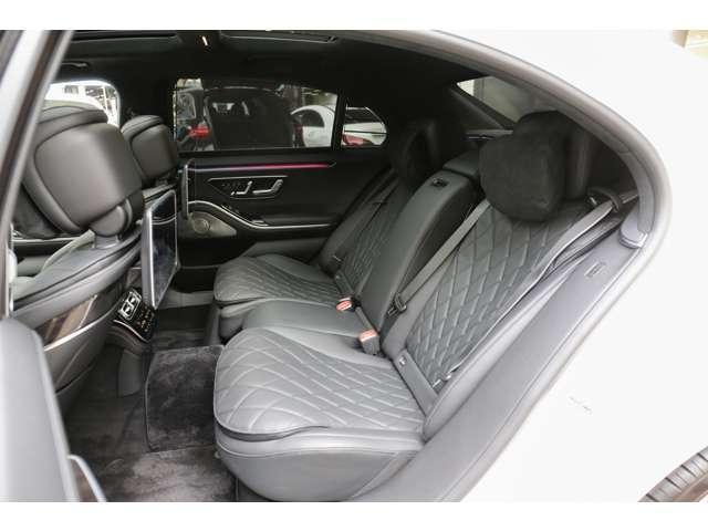S500 4マチックロング AMGライン 新型Sクラス ファーストエディション 特別仕様車(全国限定540台) 左ハンドル 純正21インチアルミ リアコンフォートP ワンオーナー 禁煙車 認定中古車(7枚目)