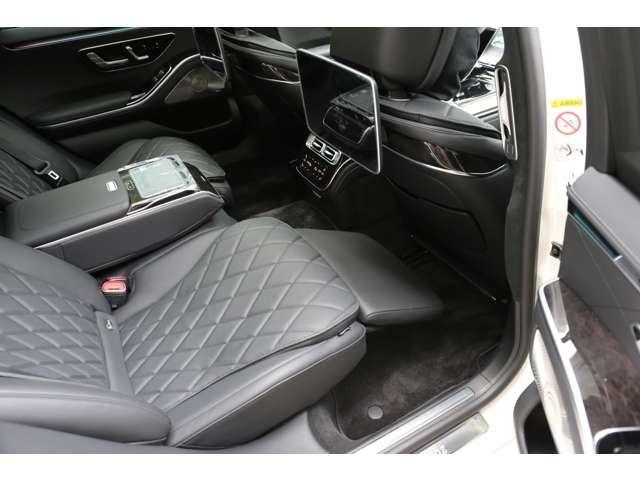 S500 4マチックロング AMGライン 新型Sクラス ファーストエディション 特別仕様車(全国限定540台) 左ハンドル 純正21インチアルミ リアコンフォートP ワンオーナー 禁煙車 認定中古車(8枚目)