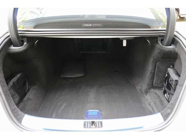 S500 4マチックロング AMGライン 新型Sクラス ファーストエディション 特別仕様車(全国限定540台) 左ハンドル 純正21インチアルミ リアコンフォートP ワンオーナー 禁煙車 認定中古車(10枚目)