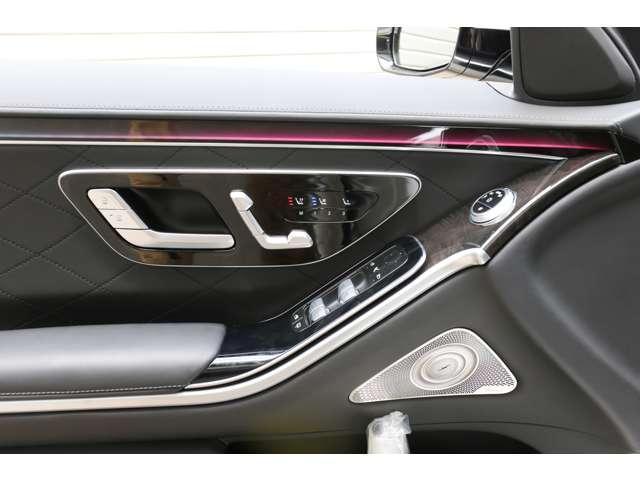 S500 4マチックロング AMGライン 新型Sクラス ファーストエディション 特別仕様車(全国限定540台) 左ハンドル 純正21インチアルミ リアコンフォートP ワンオーナー 禁煙車 認定中古車(29枚目)