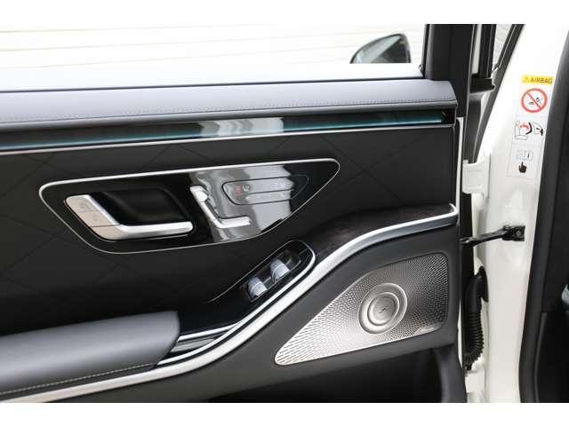 S500 4マチックロング AMGライン 新型Sクラス ファーストエディション 特別仕様車(全国限定540台) 左ハンドル 純正21インチアルミ リアコンフォートP ワンオーナー 禁煙車 認定中古車(31枚目)