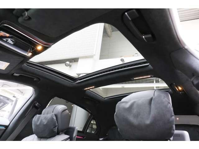 S500 4マチックロング AMGライン 新型Sクラス ファーストエディション 特別仕様車(全国限定540台) 左ハンドル 純正21インチアルミ リアコンフォートP ワンオーナー 禁煙車 認定中古車(32枚目)