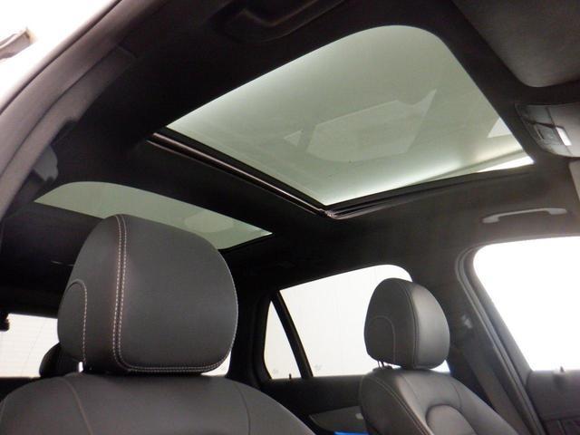 GLC220d 4マチックスポーツ(本革仕様) パノラミックスライディングルーフ エアバランスパッケージ ブルメスタサラウンドシステム 本革シート 360度カメラ ヘッドアップディスプレイ 禁煙車 認定中古車 シートヒーター ETC(5枚目)