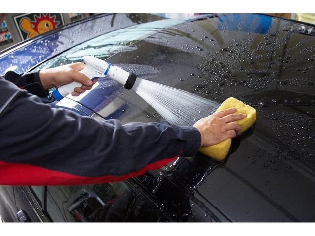 C200アバンギャルド AMGライン AMGライン/レザーエクスクルーシブパッケージ/本革シート/パノラミックスライディングルーフ/レーダーセーフティP/電動リアゲート/シートヒーター/純正ナビ/ダイヤモンドホワイト/認定中古車2年保証(26枚目)