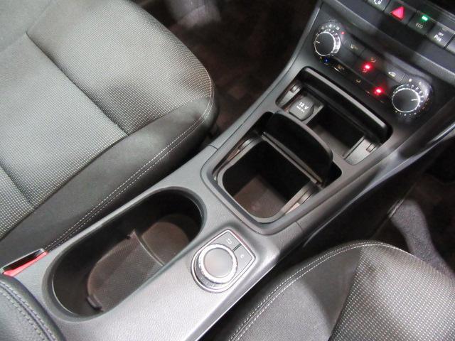 メルセデス・ベンツ M・ベンツ B180 ユーザー買い取り車 バックカメラ ワンオーナー