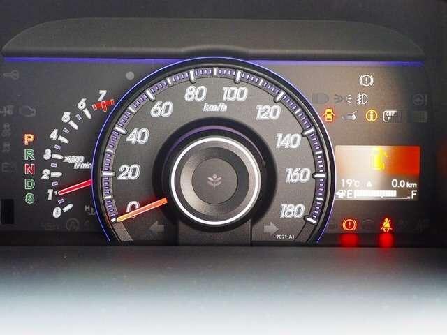ホンダ ステップワゴンスパーダ Z インターナビセレクション ワンオーナー8人フルセグ