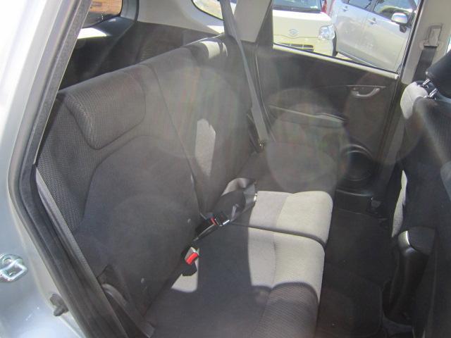 ベースグレード HDDナビ バックカメラ 禁煙車 1オーナ(27枚目)