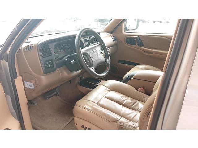 「ダッジ」「ダッジ デュランゴ」「SUV・クロカン」「神奈川県」の中古車52
