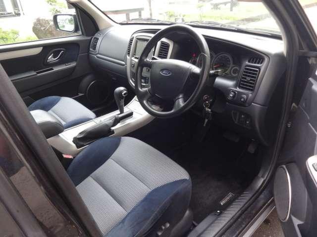 「フォード」「フォード エスケープ」「SUV・クロカン」「東京都」の中古車4