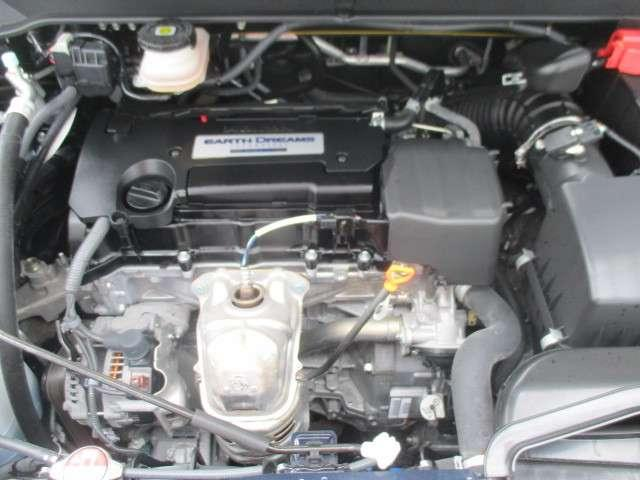 2400CCエンジンです。