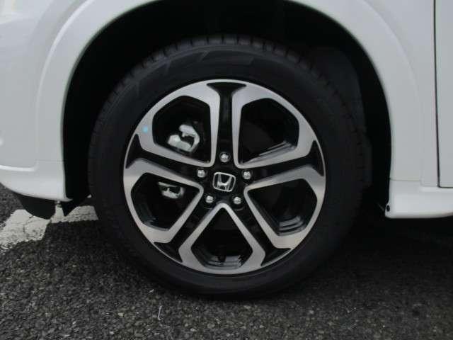 ハイブリッドZ・ホンダセンシング 登録済未使用車(14枚目)