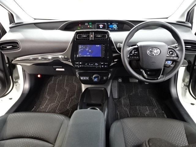 S 走行7000キロ 衝突被害軽減システム 誤発進抑制装置 ドライブレコーダー Bluetooth&DVD再生機能付きメモリーナビ バックカメラ ワンオーナー スマートキー ETC LEDヘッドランプ(5枚目)
