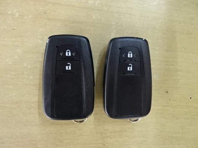S 走行7000キロ 衝突被害軽減システム 誤発進抑制装置 ドライブレコーダー Bluetooth&DVD再生機能付きメモリーナビ バックカメラ ワンオーナー スマートキー ETC LEDヘッドランプ(18枚目)
