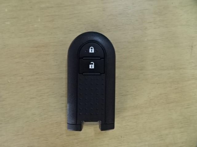 X LパッケージS 衝突被害軽減ブレーキ 誤発進抑制装置 スマートキー ワンオーナー Bluetooth&ワンセグメモリーナビ 全周囲バックカメラ ETC オートマチックハイビーム機能付きコンライト アイドリングストップ(18枚目)