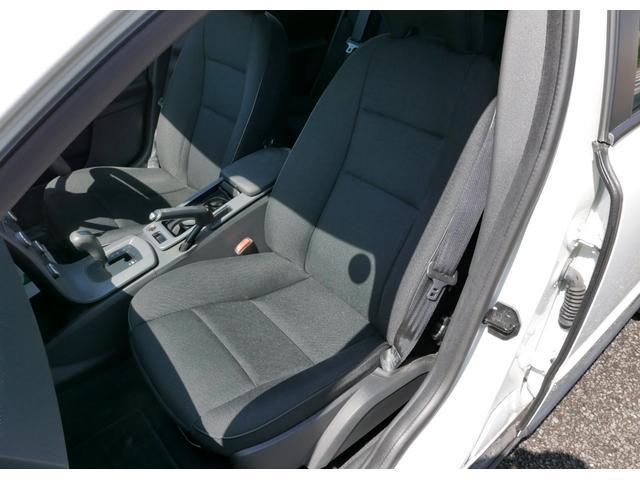 ボルボ ボルボ V50 2.0eパワーシフト ディーラー車 整備手帳付