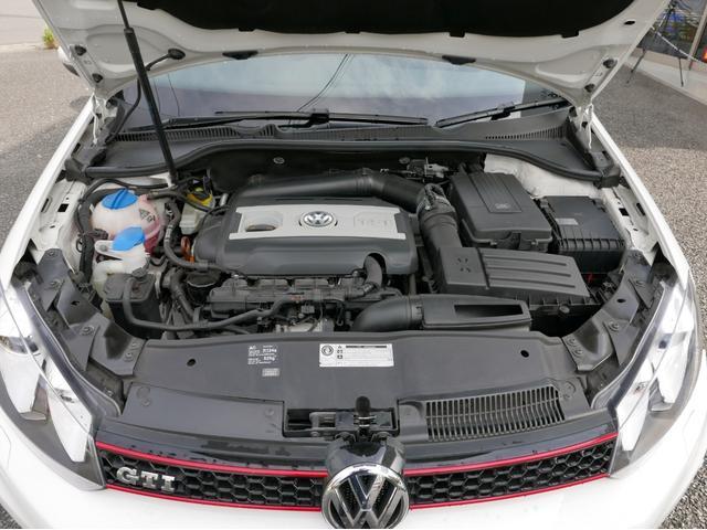 2リッターDOHC-16バルブエンジン+ターボで余裕の走りです。各機関とても良好です。