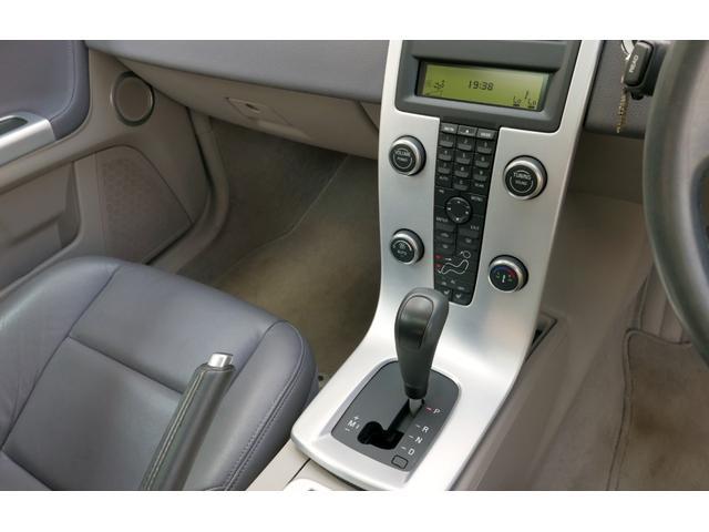 T5 SE AWD ディーラー車 右H 本革シート 禁煙車(11枚目)
